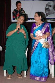 Jamuna and Mubarak Begum - जमुना और मुबारक बेगम